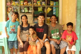 Joralyn-family + volunteer 2
